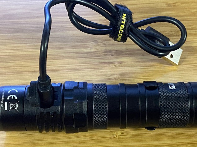 Nitecore MH12S Charging Port and Cable