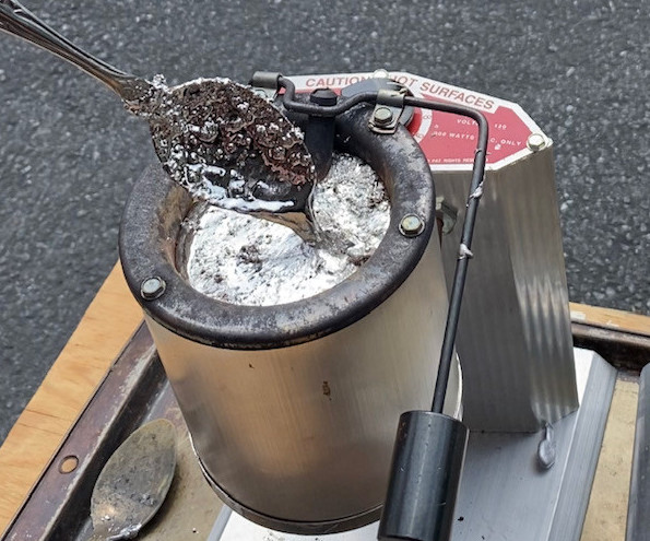 Melting Lead in the Lee Production Pot